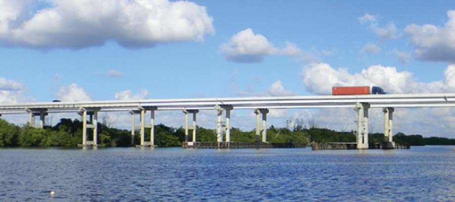 Caloosahatchee Bridge wter view